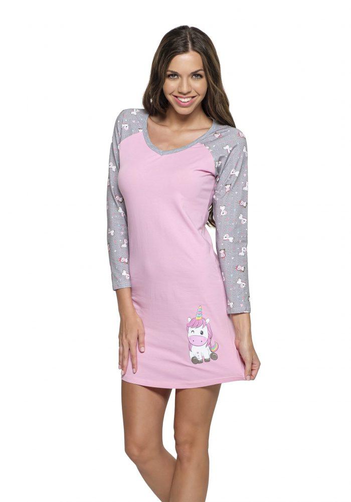 Dámska nočná košeľa s dlhým rukávom značky Poppy Lingerie.